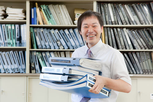 指導する上司 重山さん